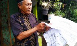 Merasa Dibola-bola, Pak Ancil Kecewa Urus KK di Capil Batubara
