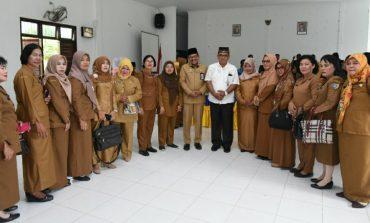 Tugas Utama Guru Mengabdi Pada Masyarakat