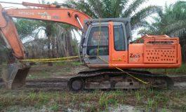 Diduga Galian Pasir Ilegal, Polres Batubara Segel Satu Unit Excavator