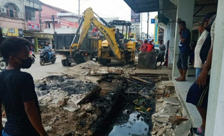 Tanjung Tiram Terus Berbenah, Jalan Merdeka Dinormalisasi Lagi